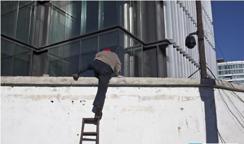 中国监控摄像头:安全管理亟需规范